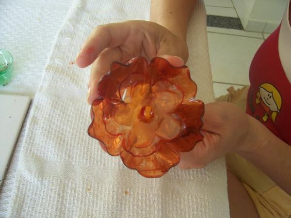 flor de garrafa pet laranja