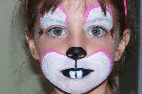 pintura em rosto coelho