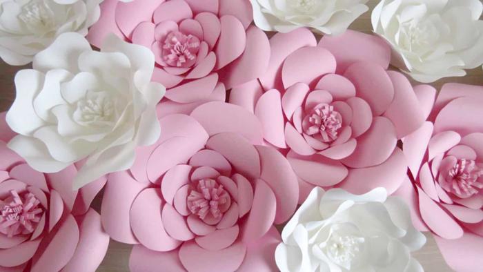 rosas de papel rosa