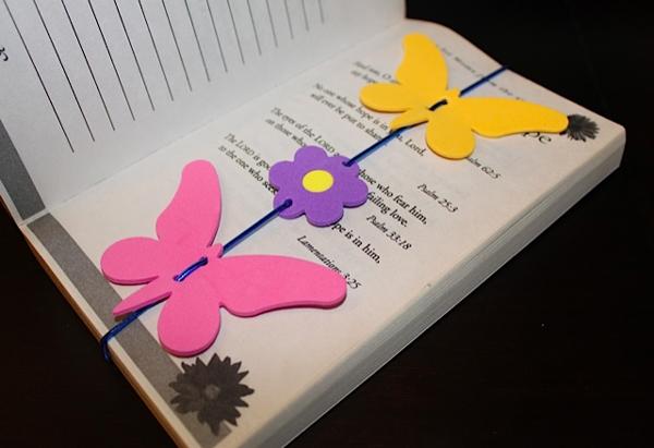 marcador de livro em eva de borboleta