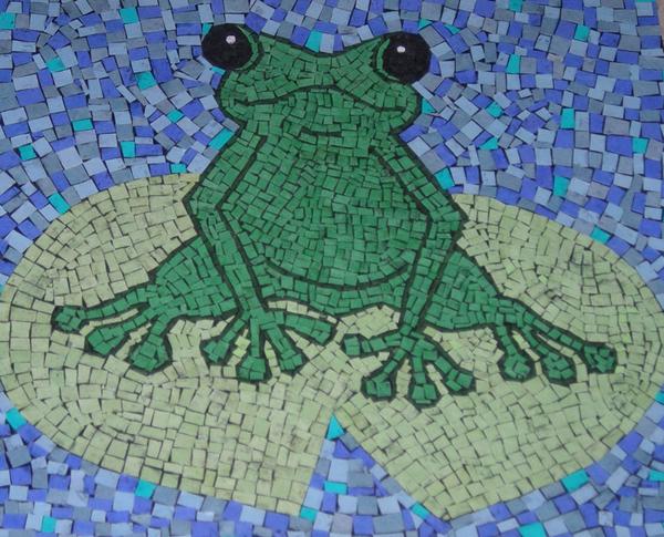 mosaico de papel sapo
