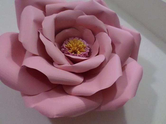 rosas de papel cartolina