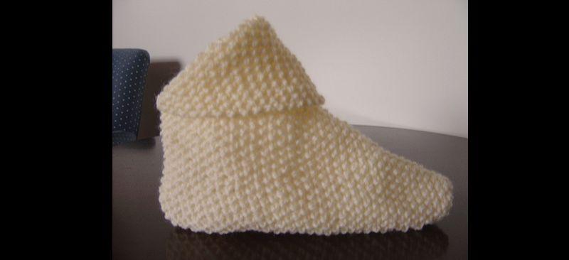 sapatinho em tricô com ponto arroz
