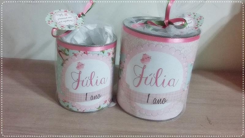 lata de leite decorada com nome