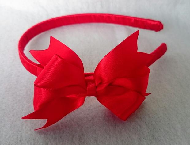 laço de fita vermelho