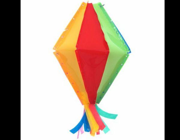 festa junina com balão com papel
