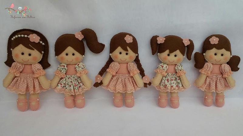 boneca em feltro irmãs