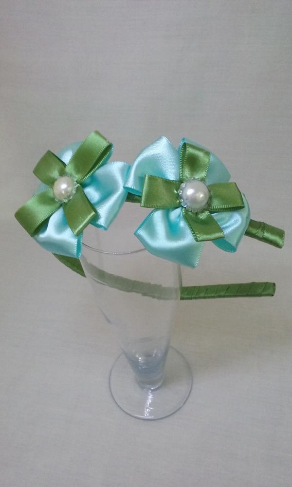 flor de fita de cetim simples