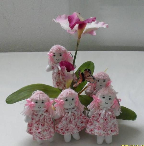boneca de tecido rosa