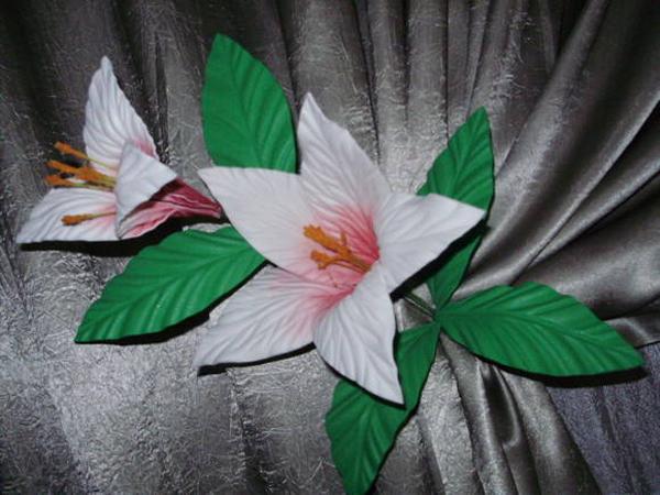 flores feitas de EVA artesanais