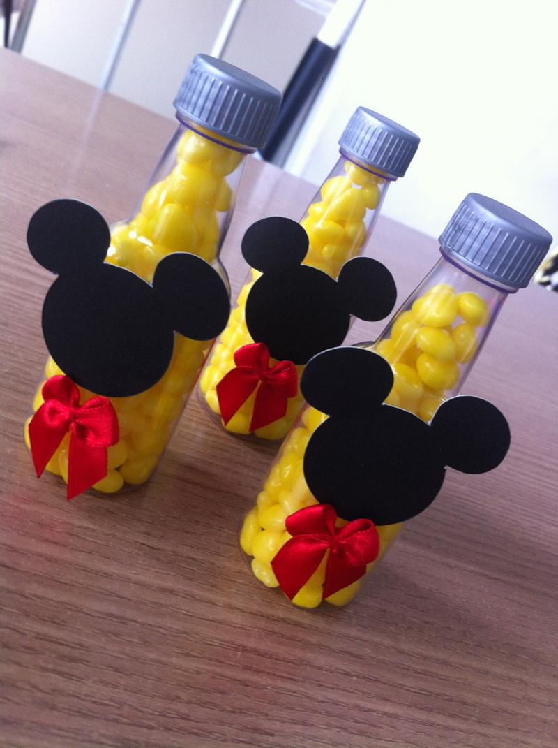 garrafinha do Mickey