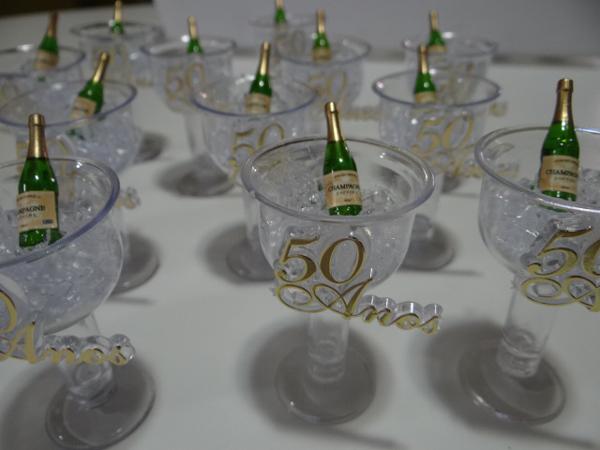 lembrança bodas de ouro taça