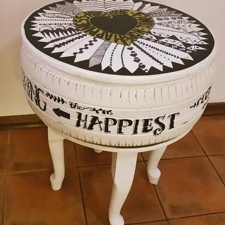 mesa de centro feita com pneu artesanato passo a passo. Black Bedroom Furniture Sets. Home Design Ideas