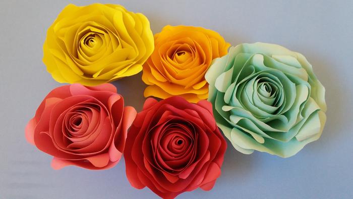 rosas de papel estruturado