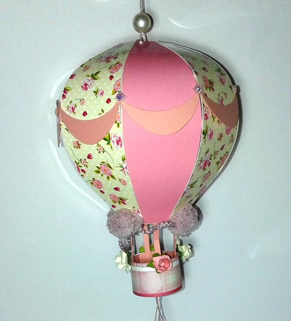 balão com papel estruturado