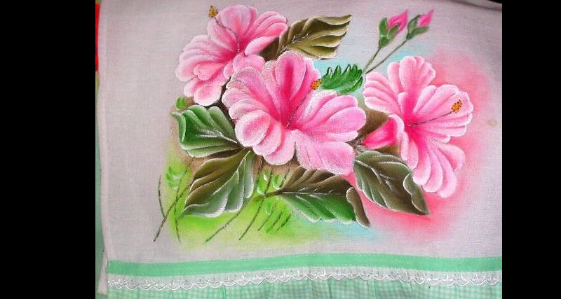 pintura em pano de copa flor rosa