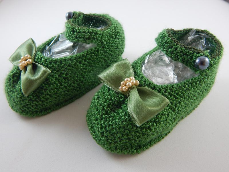 sapatinho em tricô verde