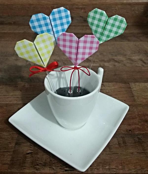 enfeite com origami de coração