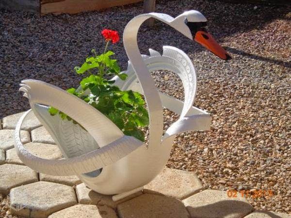 vaso de pneu de cisne