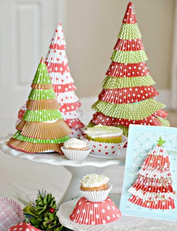 enfeite natalino com forma de cupcake