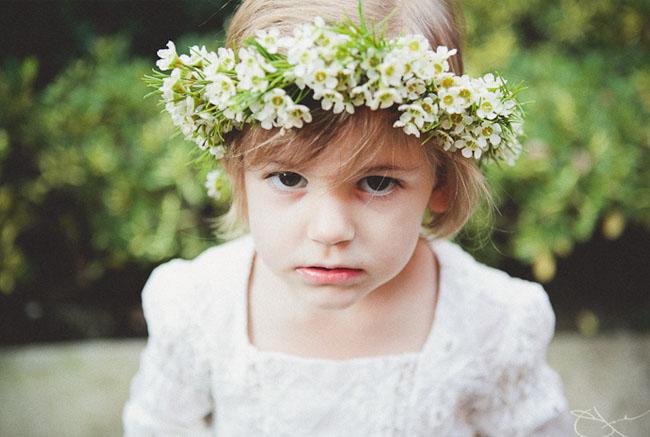 tiara com flor branca