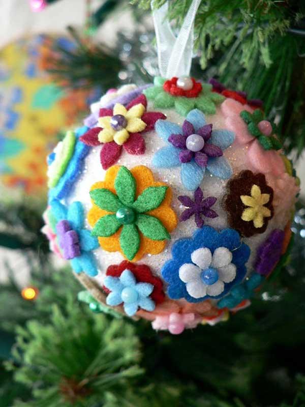 enfeite natalino com bola de isopor