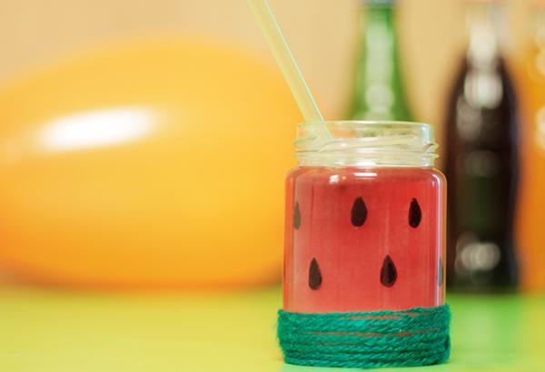 copo de vidro decorado com melancia