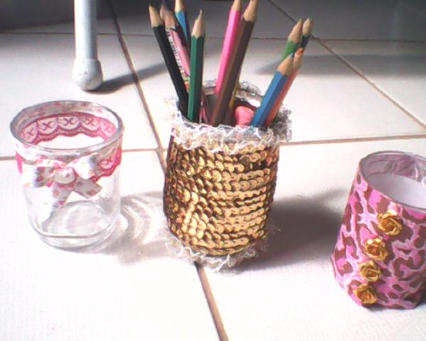 copo de vidro decorado com aviamentos