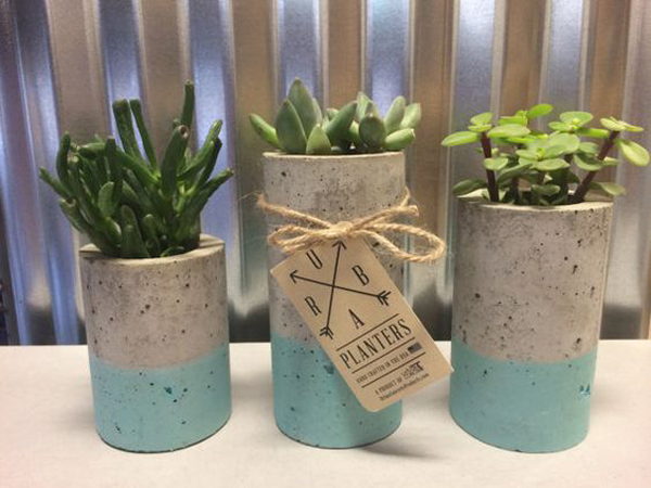 vaso de concreto com cores