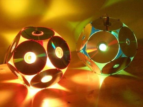 Artesanato com CD antigo abajur