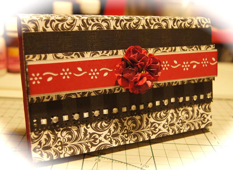 pasta artesanal sanfonada com flor