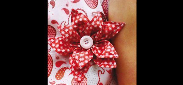 flor de retalho de tecido