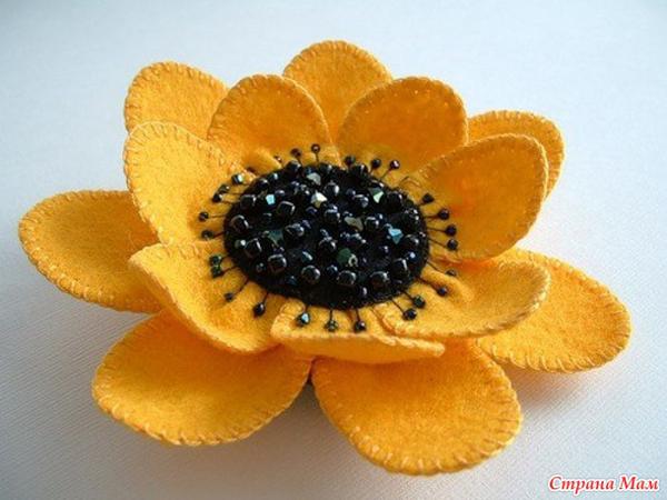 artesanato em feltro flor