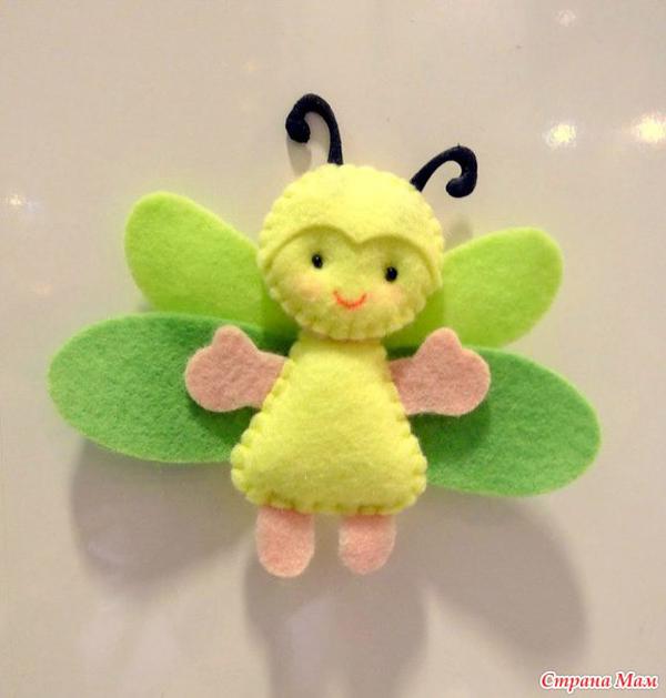 artesanato em feltro abelha