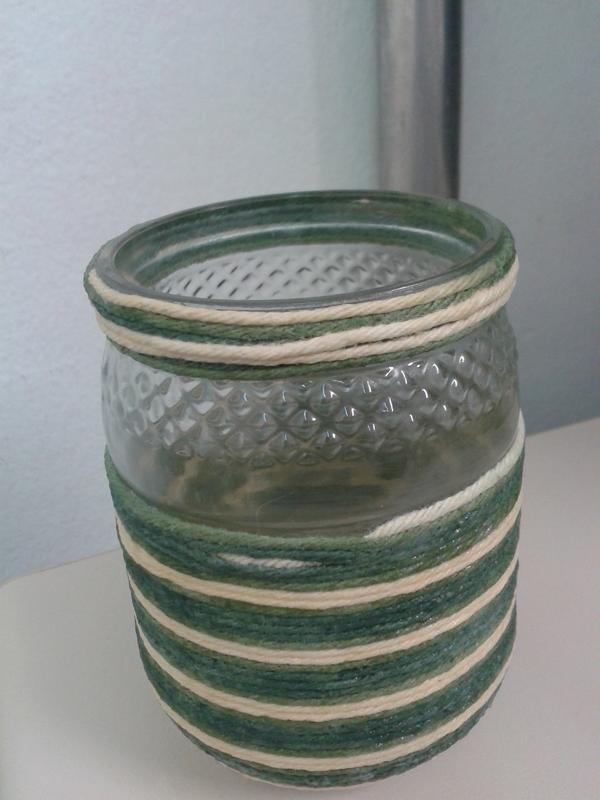 copo de vidro decorado com linha