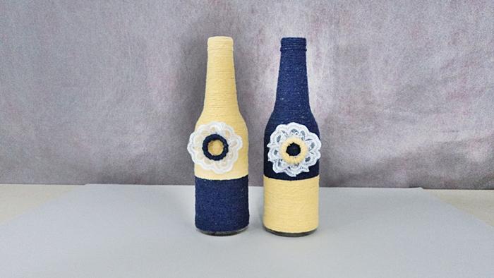 decoração de garrafa com barbante e renda