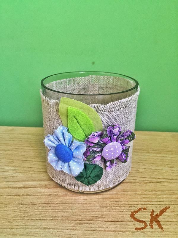 copo de vidro decorado com fuxico