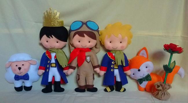 Pequeno príncipe de Feltro com coroa