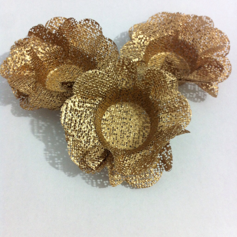 formas de docinhos dourada