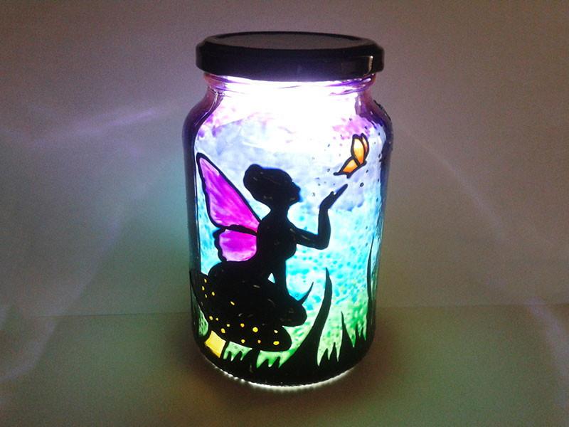 luminária com pintura com verniz vitral