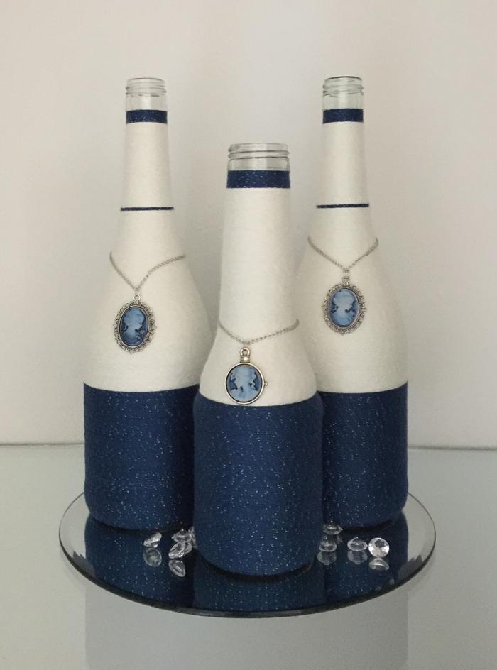 decoração de garrafa com barbante com pingente