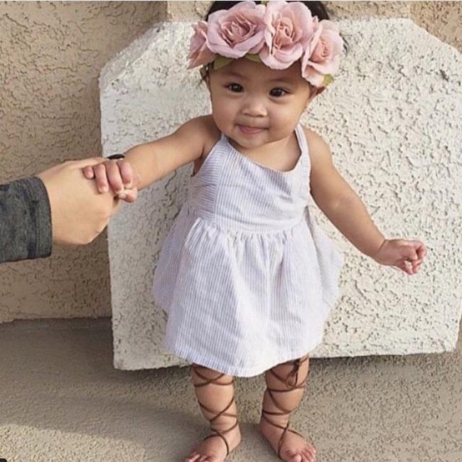 tiara com flor infantil