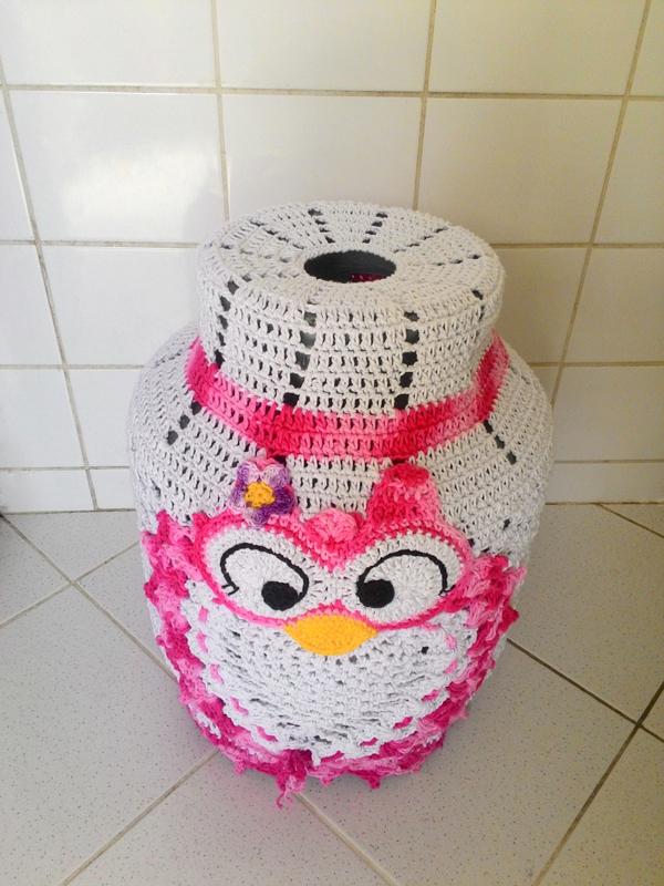 capa de bojão de crochê rosa
