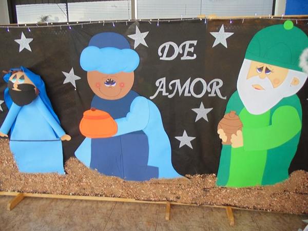 Painel de natal para escola 20 ideias artesanato passo for Mural sobre o natal