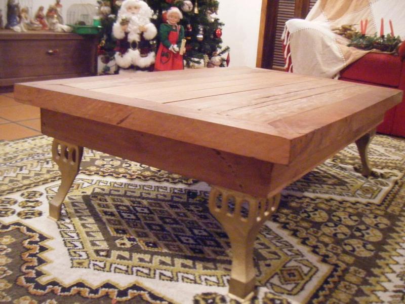 mesa com madeira para centro