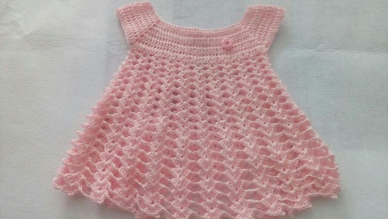 vestido de crochê infantil salmão