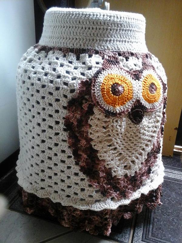 capa de bojão de crochê de coruja