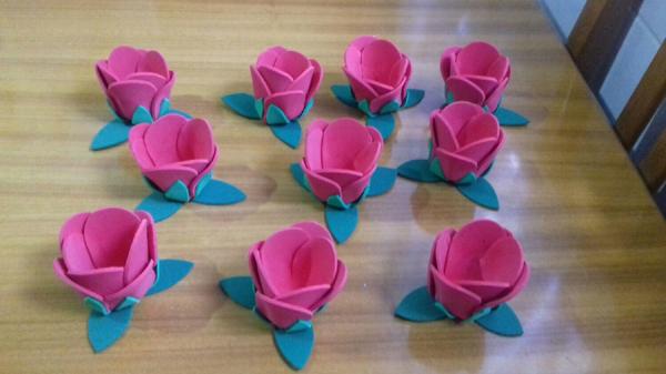 porta bombom em eva de flor pink