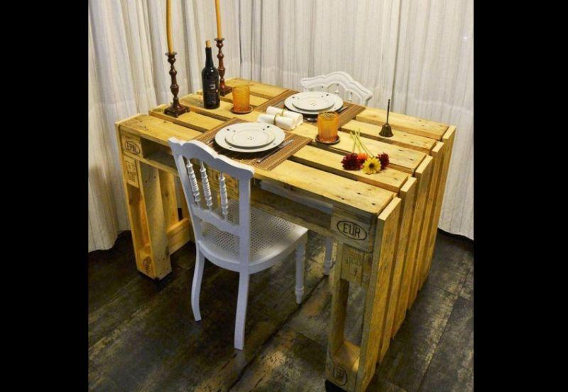 mesa com madeira pallet