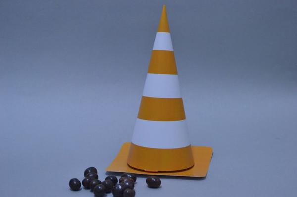 cone em papel brinquedo